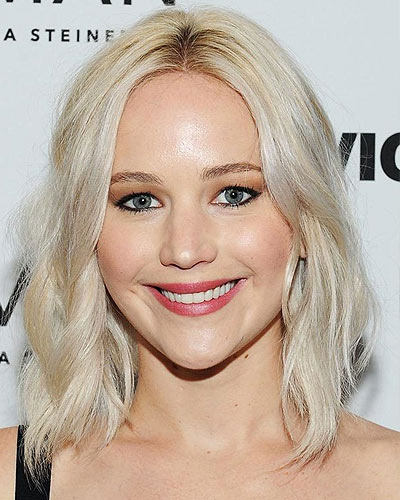 jennifer-lawrence-latest-hair-color-trends-2017-darker-roots-platinum-hair