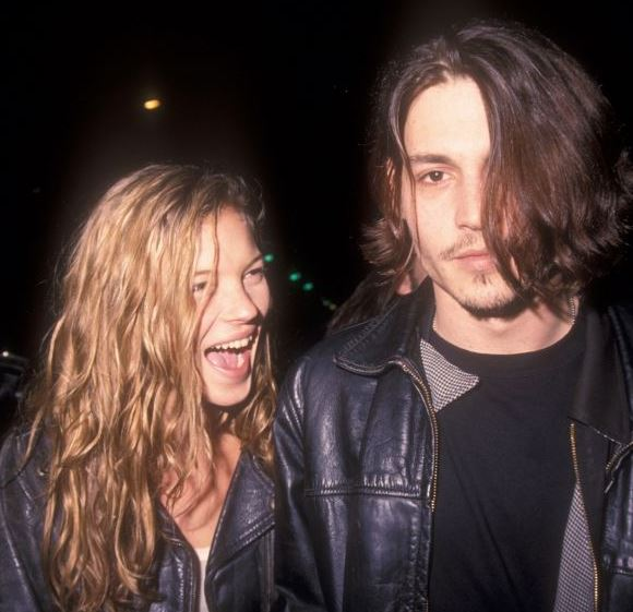 johnny-depp-kate-moss-90s-grunge-look-greasy-messy-hair