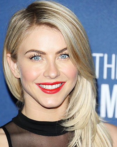 julianne-hough-lowlights-with-ombre-latest-hair-color-trends-2017-lowlights-for-blonde-hair