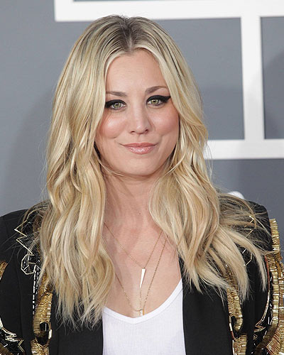Blonde Hair with Lowlights: 21 Chic Ideas to Choose from