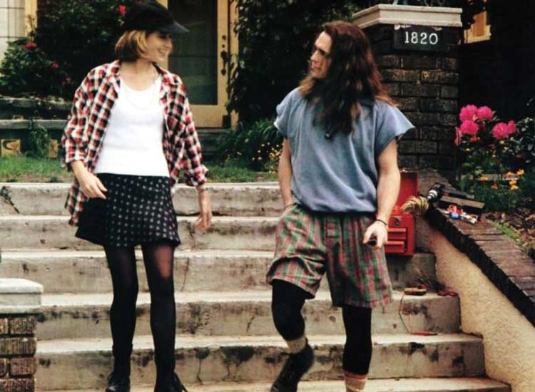 matt-dillon-90s-singles-plaid-shorts-mens-grunge-fashion-outfits-style