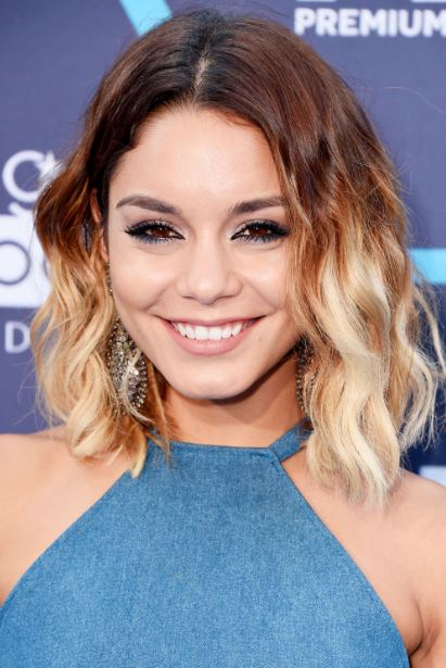 ombre-hair-color-trend-brown-blone-cropped-bob-haircut-hairstyle-celebs-vanessa-hudgens
