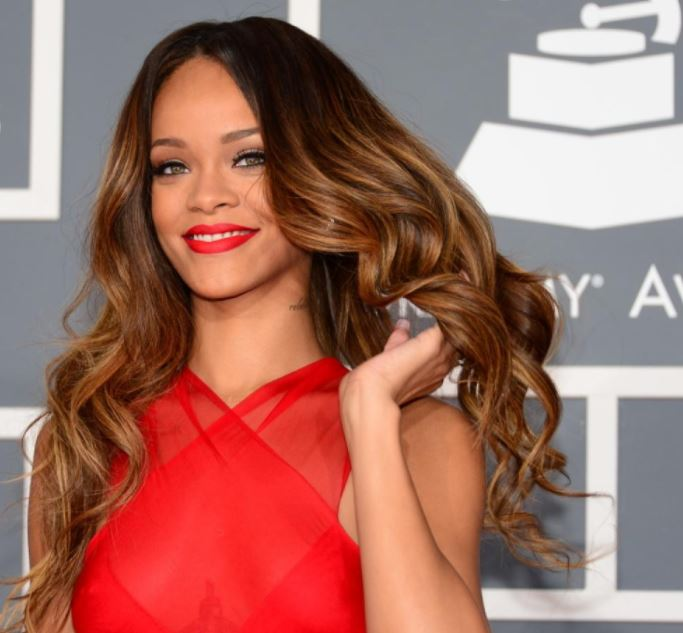 highlights for brown hair rihanna-highlights-lowlights-brown-hair-color