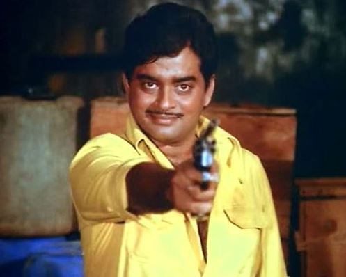 shatrughan-sinha-gunda-mere-apne-retro-bollywood-villains-70s