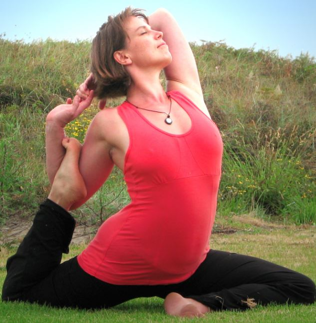 13-rajakapotasana-one-legegd-pigeon-pose-power-yoga