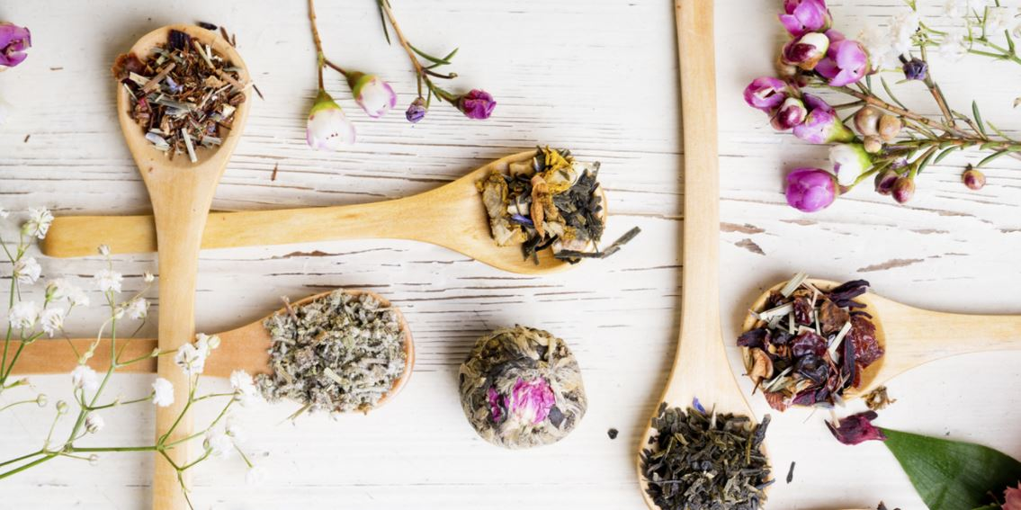 Therapeutic-grade-basic-essential-oils-for-skin-hair