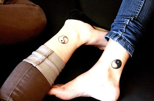Yin-Yang-Tattoo-Designs-couple-inking-ideas-latest-chinese-culture
