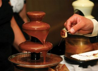 best-chocolate-festivals-us-uk-choco-fests-fair-exhibition-event