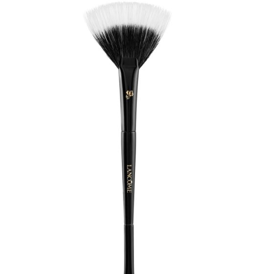 best-professional-beauty-supply-makeup-tools-fan-brush-highlighting