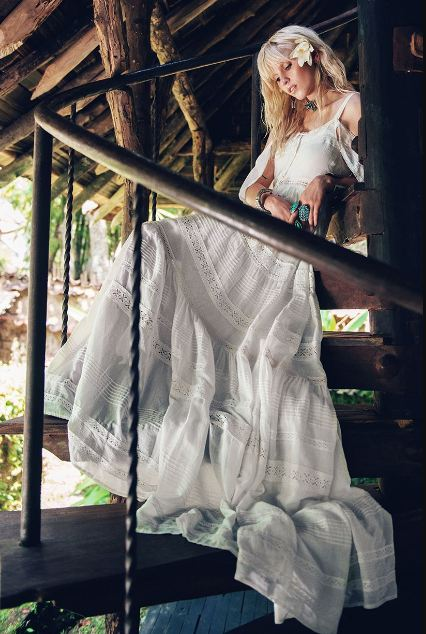 bohemian-wedding-boho-bride-hippie-wedding-dresses-gowns-ideas-designs
