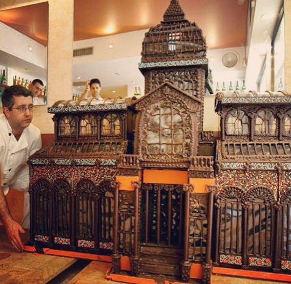burlington-chocolate-fest-fair-choco-sculpture-carving-event