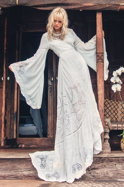 hippie-wedding-dresses-gowns-bell-sleeve-beach-dress-design-shop
