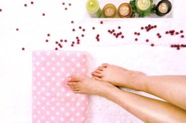 nail-spa-salon-home-grooming-care-luxury-manicure-pedicure-party