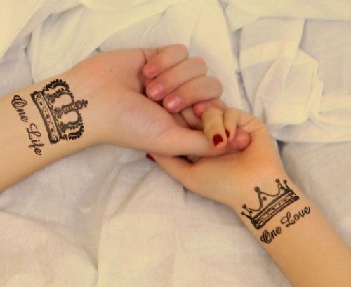 one-life-one-love-couple-tattoo-ideas-king-queen-tattoo-designs