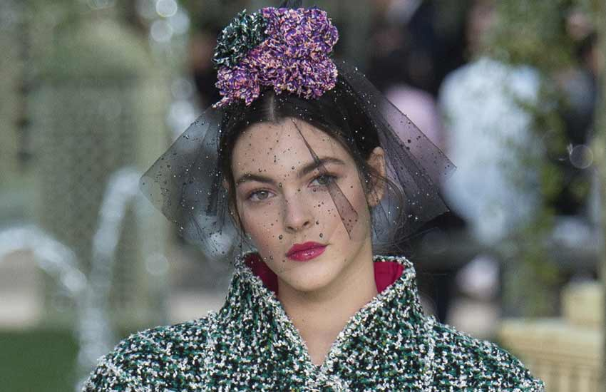 paris-fashion-week-chanel-couture-collection-makeup-looks-hairstyles-beauty