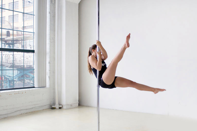power-pole-dancing-fitness-dance-beginners-easy-simple-spins-workout-exercises-fan-kick