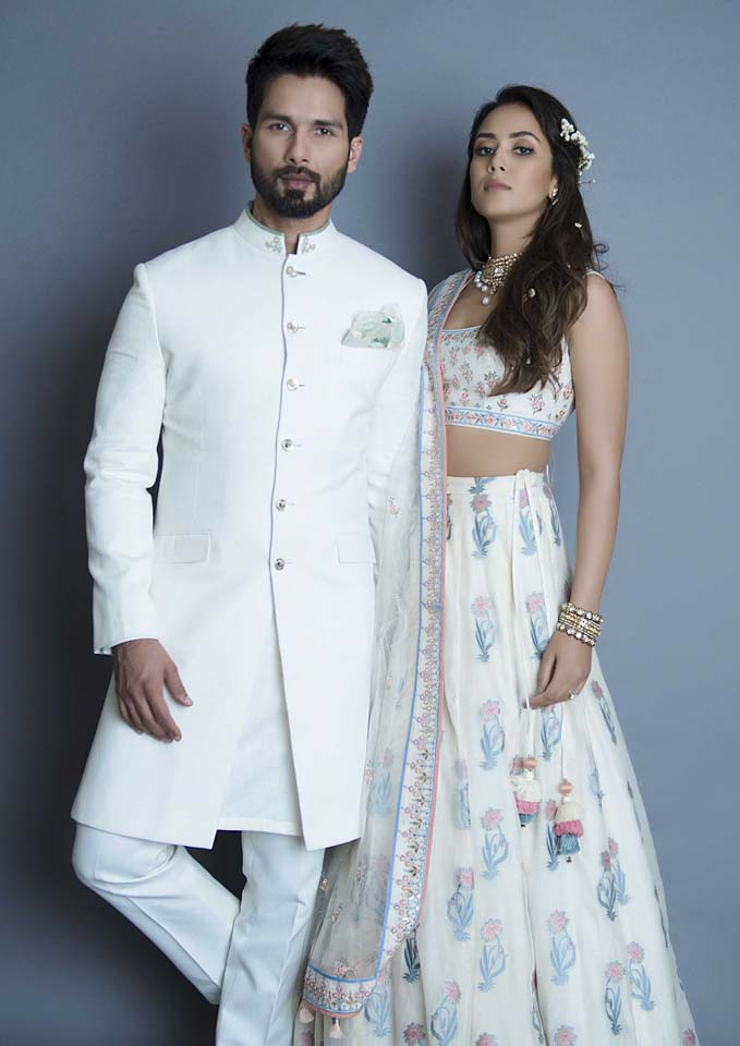 Anita dongre collection anita dongre-summer-resort-2018-collection-lakme-fashion-week (37)-showstopper-shahid-kapoor