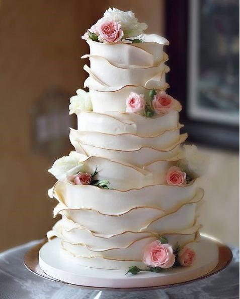 best-cake-art-trends-ruffled-cakes-wedding