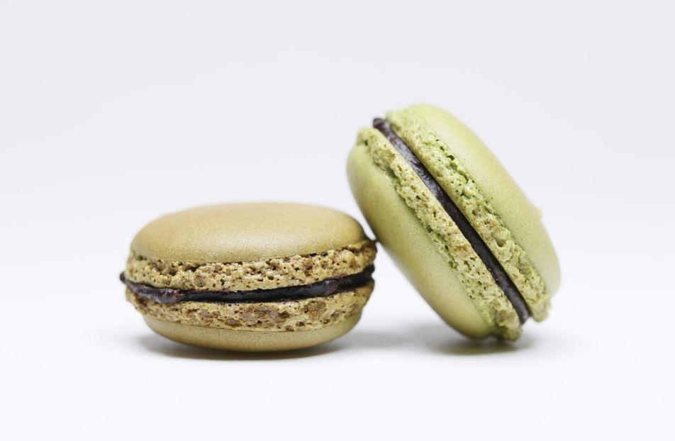 best-gourmet-macarons-flavors-fillings (19)-matcha-green-tea