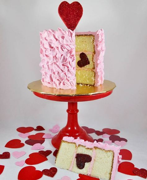 creative-birthday-cakes-hidden-heart-cake-patterns-designs