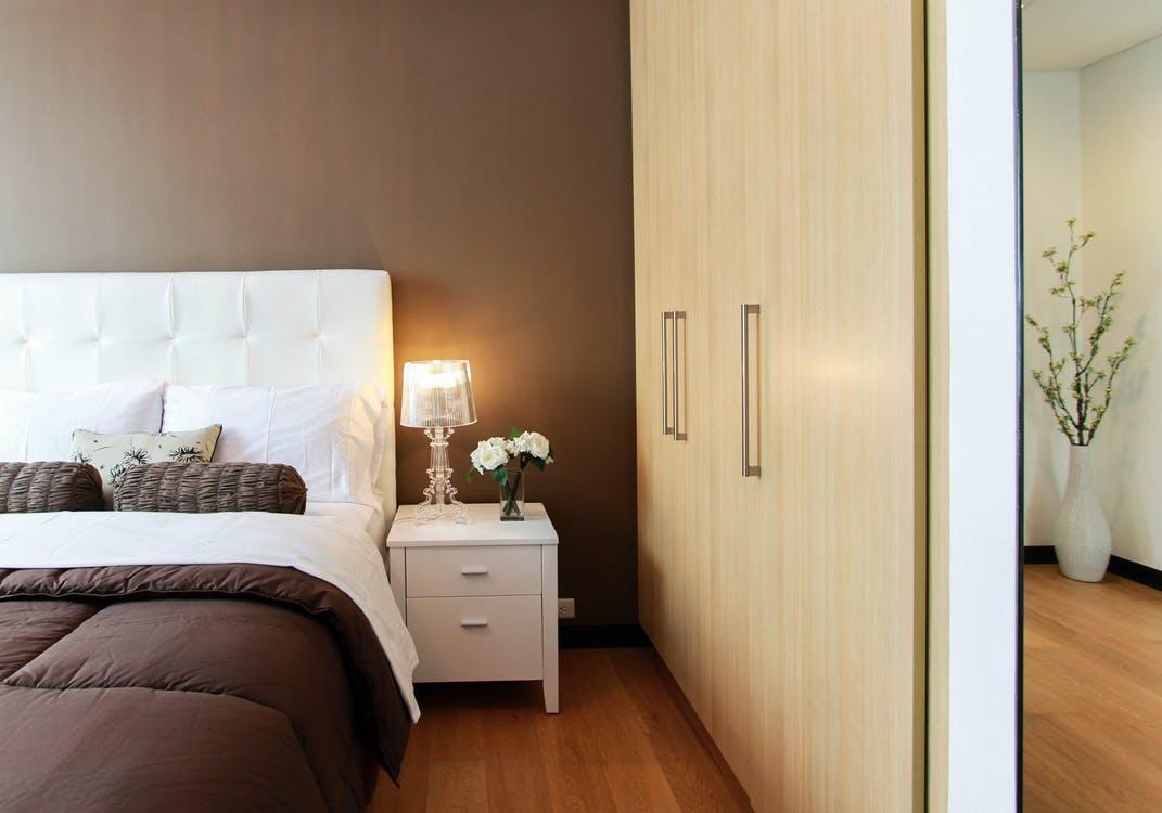 lifestyle-furniture-minimalistic-interior-latest-trends-2018