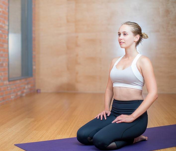 sukhasana-meditation-om-yoga-for-beginners