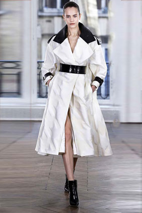 Ralph-Russo-autumn-winter-2018-collection-dresses-1-coat-dress