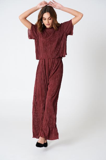 boho-clothing-must-haves-wide-leg-flowy-loose-palazzo-pants