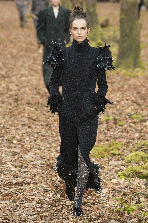 chanel-fall-winter-2018-front-slit-dress-fashion
