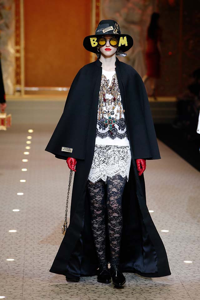 Dolce & Gabbana fashion show dolce-and-gabbana-fall-winter-2018-19-women-fashion-show-runway-fw18 (110)