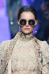 elie-saab-latest-trends-in-sunglasses-round-metallic-frame