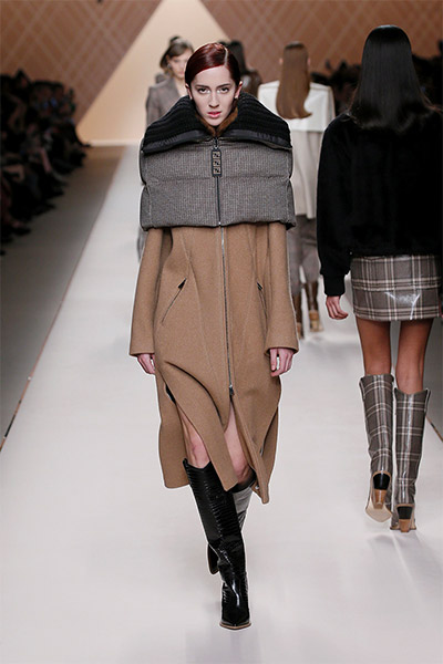 fendi-fall-winter-2018-collection-fw18 (7)-zipper-coat