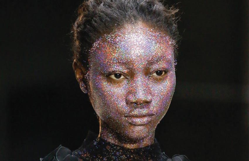 giambattista-valli-fall-2018-runway-makeup-hair-beauty-looks
