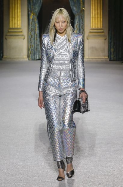 holographic-iridescent-jackets (3)-quilted-metallic