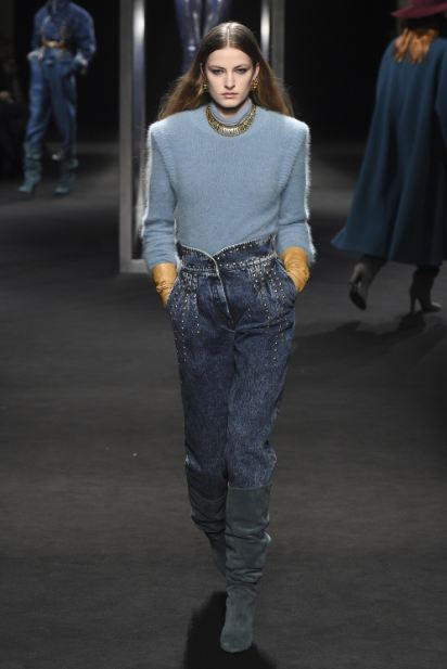 latest-cool-jeans-styles-trends (15)-alberta-ferretti-studs-embellishment