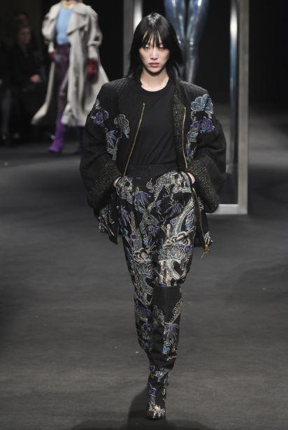 latest-jacket-designs-fall-winter-2018 (18)-alerta-ferretti