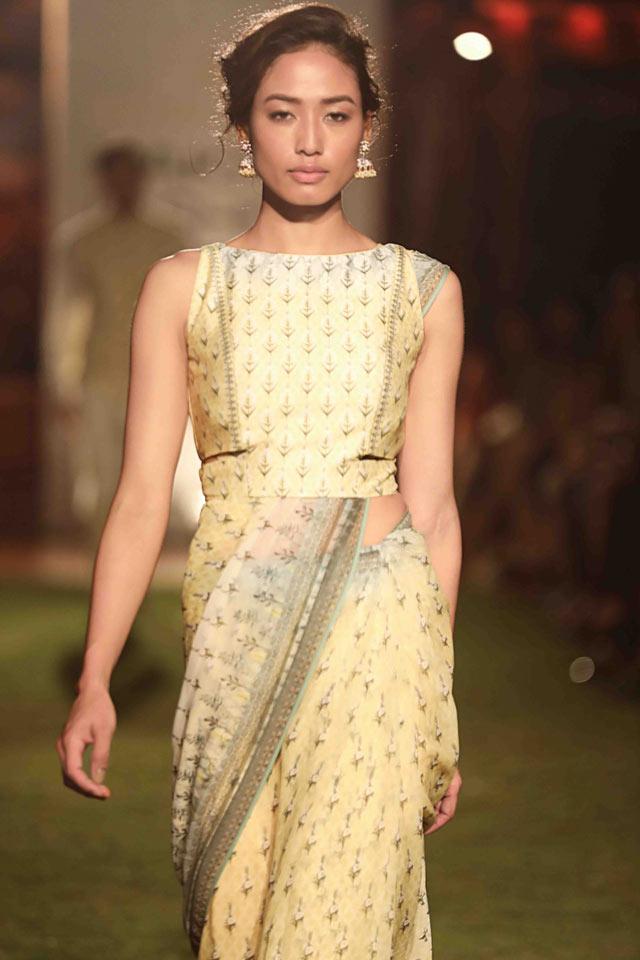 latest-saree-designs-trends-fashion-indian-designer-Anita-Dongre-summer-2018
