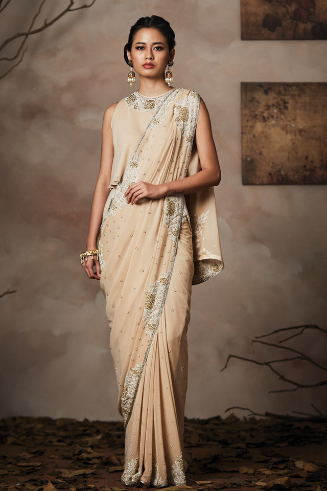 Latest Trends In Bathroom Design Styles: Sexy Blouse Design Trends: 11 Latest Saree Neck Designs