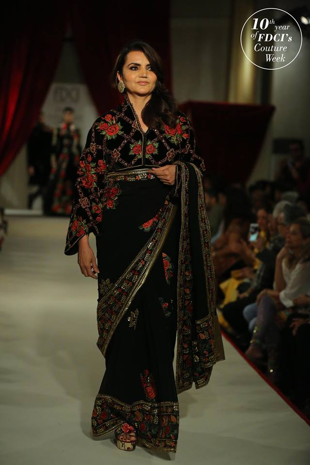 latest-saree-trends-designs-indian-designer-icw-Rohit Bal-2017