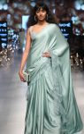 latest-saree-trends-designs-indian-designer-shyamal-&-Bhumika-ruffled-spring-summer-2018