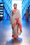 latest-saree-trends-indian-designer-Gaurang-lfw-spring-summer-2018