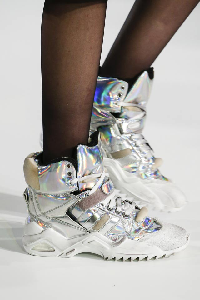 maison-margiela-holographic-sneakers-iridescent-holo-fashion-trend