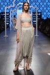 payal-singhal-lakme-fashion-week-saira-collection