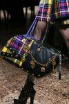 versace-metallic-tiny-details-latest-ideas-handbag-fall-winter-2018