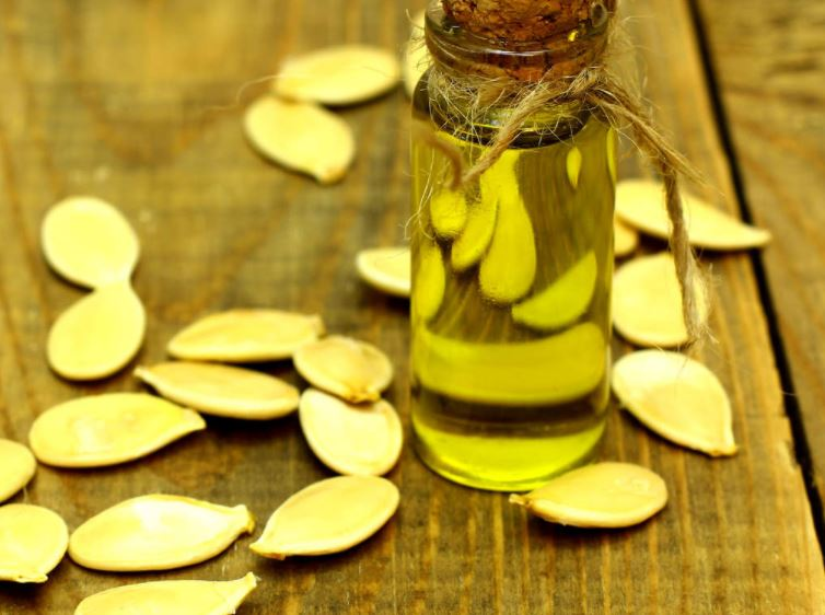 8-pumpkin-seed-oil-for-hair-loss
