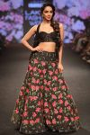 Showstopper-Kiara-Advani-for-the-collection-Gulab-Baug-at-Lakme-Fashion-Week-Summer-Resort-2018