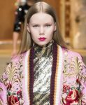 best-lipstick-color-shades-trends-fashion-makeup-designer-dolce&gabbana-hot-pink-2018