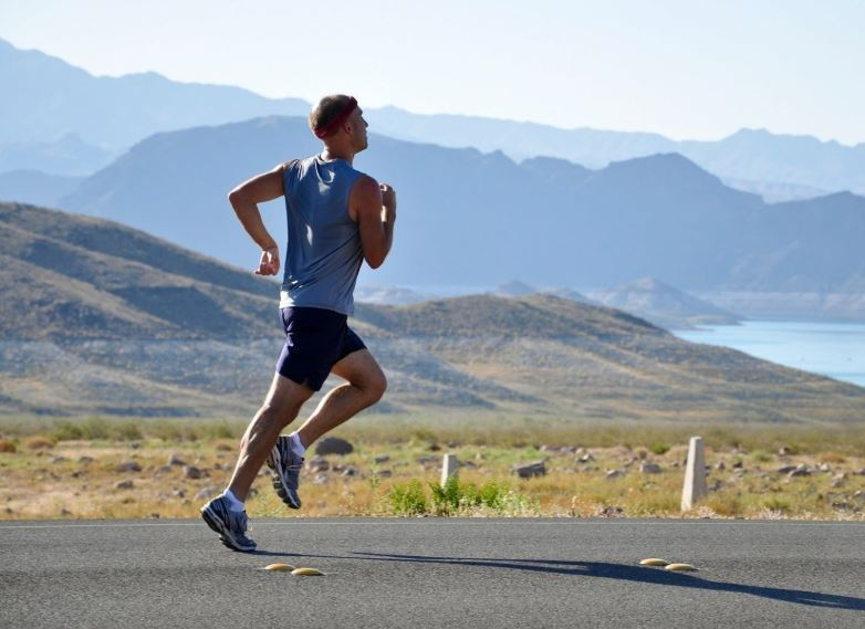 dehydration-half-marathon-training-dangers