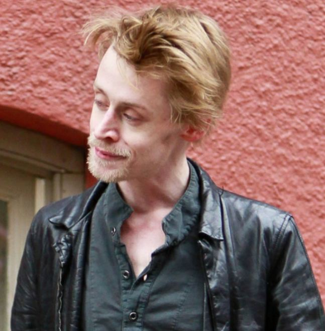 famous-recovering-alcoholics-celebrity-addicts (11)-macaulay-culkin