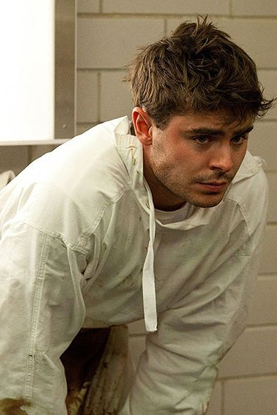 famous-recovering-alcoholics-celebrity-addicts (6)-zac-efron-cocaine